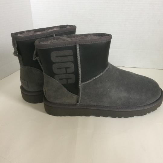 UGG Australia New With Tags GREY / BLACK Boots Image 8