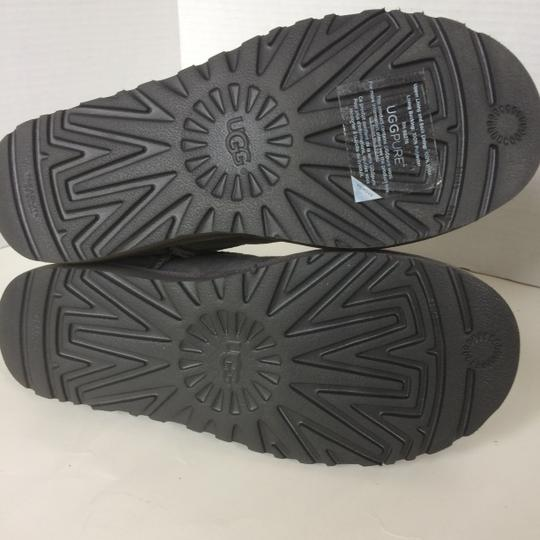 UGG Australia New With Tags GREY / BLACK Boots Image 9