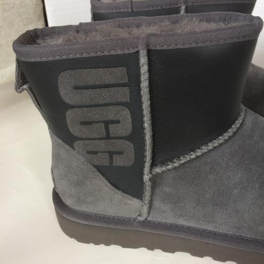 UGG Australia New With Tags GREY / BLACK Boots Image 5