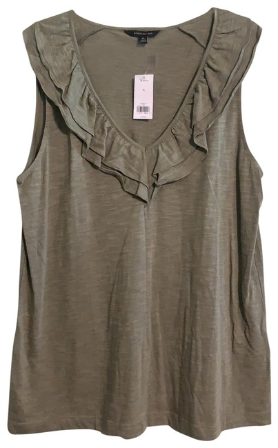 Preload https://img-static.tradesy.com/item/25794955/banana-republic-olive-green-250058-01-1-tank-topcami-size-14-l-0-1-650-650.jpg