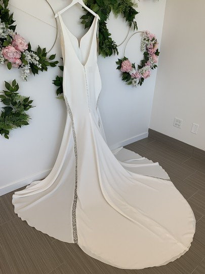 Pronovias Off White and Crystal Crepe Tulle Colonia Sexy Wedding Dress Size 8 (M) Image 3