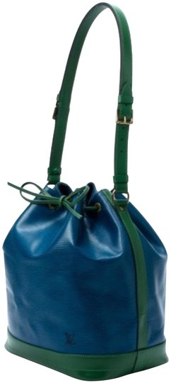 Preload https://img-static.tradesy.com/item/25795182/louis-vuitton-bucket-epi-noe-gm-green-and-blue-leather-tote-0-1-540-540.jpg