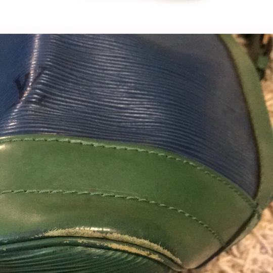 Louis Vuitton Tote in green & blue Image 3