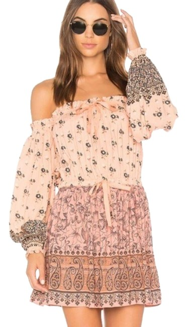 Preload https://img-static.tradesy.com/item/25795384/spell-and-the-gypsy-collective-peach-lionheart-off-shoulder-short-casual-dress-size-2-xs-0-3-650-650.jpg