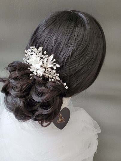 Silver New Flower Headpiece Comb Clip Pin Veil Hair Accessory Image 4