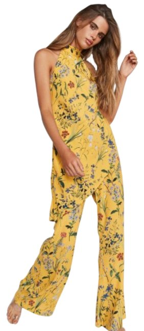Preload https://img-static.tradesy.com/item/25795419/backstage-yellow-amelia-set-romperjumpsuit-0-1-650-650.jpg
