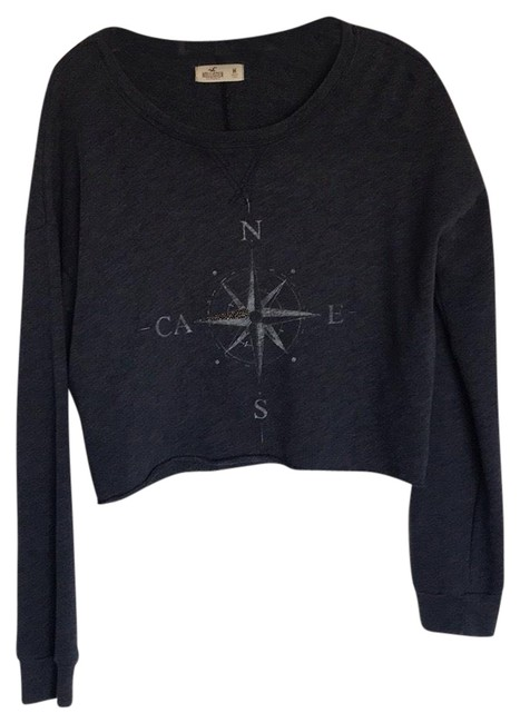 Preload https://img-static.tradesy.com/item/25795510/hollister-pre-owned-crop-size-m-in-excellent-condition-looks-new-navy-blue-sweater-0-1-650-650.jpg