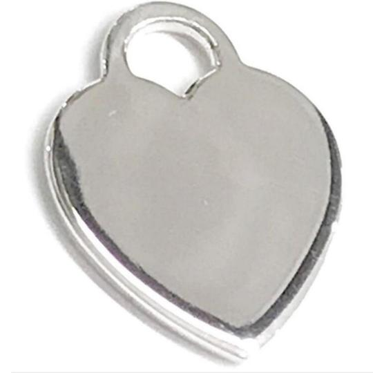 Preload https://item1.tradesy.com/images/tiffany-and-co-great-condition-heart-charm-25795560-0-4.jpg?width=440&height=440