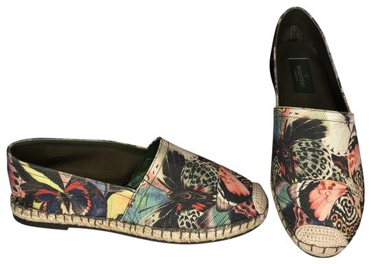 Preload https://img-static.tradesy.com/item/25795583/valentino-multicolor-camubutterfly-canvas-espadrilles-flats-size-eu-36-approx-us-6-regular-m-b-0-1-540-540.jpg