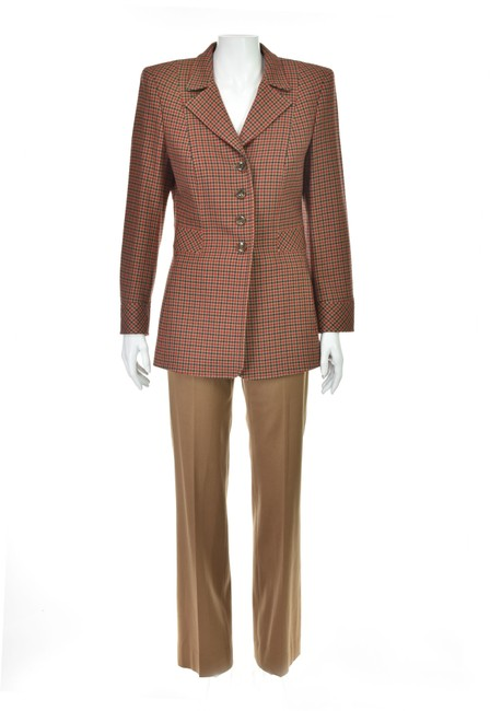 Preload https://img-static.tradesy.com/item/25795663/escada-caramel-houndstooth-jacket-and-cigarette-pant-suit-size-2-xs-0-0-650-650.jpg