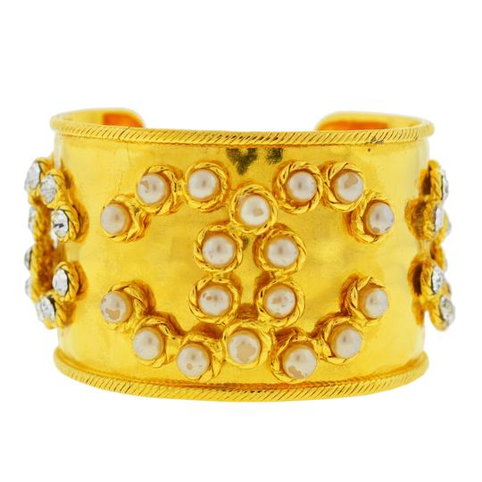 Preload https://img-static.tradesy.com/item/25795683/chanel-yellow-gold-tone-pearl-and-crystal-wide-cuff-bracelet-0-1-540-540.jpg
