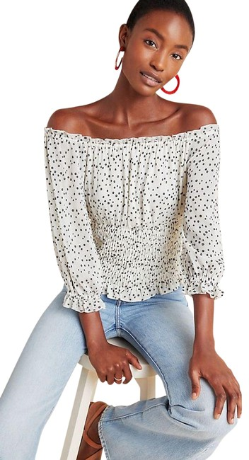 Preload https://img-static.tradesy.com/item/25796114/anthropologie-lucia-ivory-top-0-1-650-650.jpg