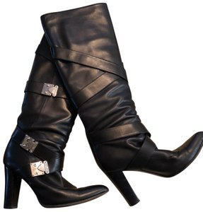 32d43c0eb85 Louis Vuitton Boots - Up to 70% off at Tradesy