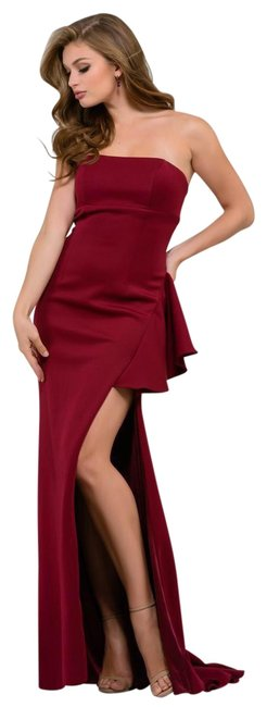 Item - Wine Strapless High Slit Gown Long Formal Dress Size 4 (S)
