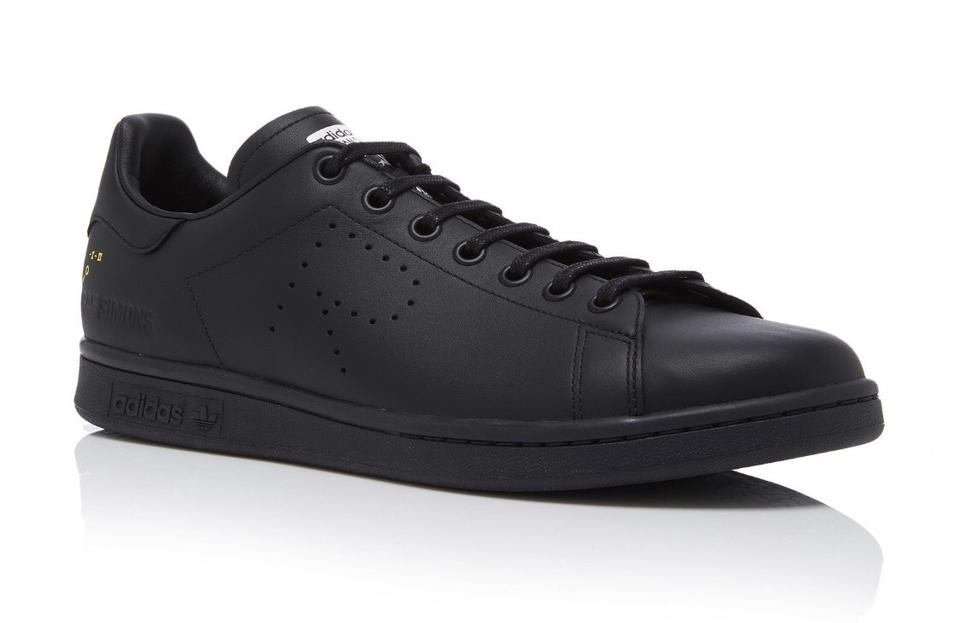 hot sale online ad65c 9045b Black Stan Smith Sneakers