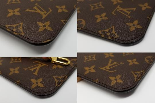 Louis Vuitton Pochette Neverfull Pouch Cosmetic Red Interior Wristlet in Brown Image 11