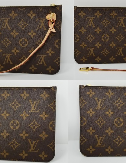 Louis Vuitton Pochette Neverfull Pouch Cosmetic Red Interior Wristlet in Brown Image 4