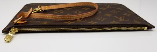 Louis Vuitton Pochette Neverfull Pouch Cosmetic Red Interior Wristlet in Brown Image 8