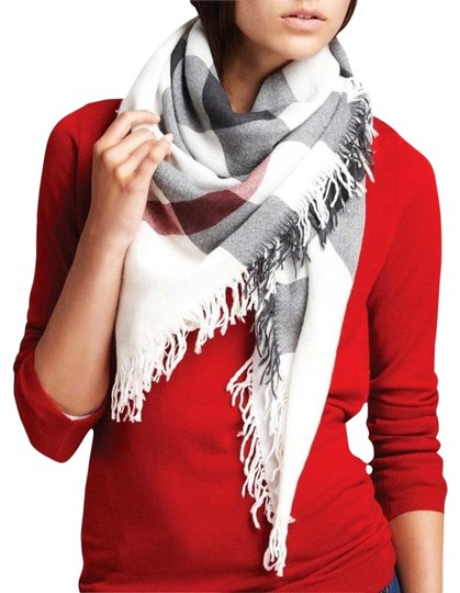 Preload https://img-static.tradesy.com/item/25798578/burberry-ivory-check-color-wool-square-scarfwrap-0-1-540-540.jpg