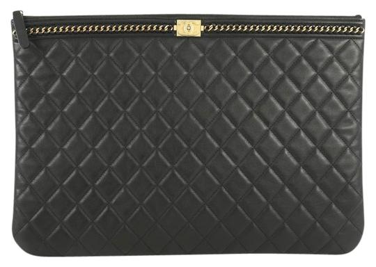 Preload https://img-static.tradesy.com/item/25799084/chanel-boy-o-case-quilted-with-chain-detail-large-black-lambskin-leather-clutch-0-1-540-540.jpg