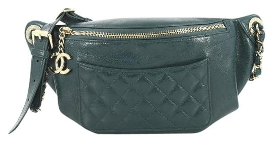 Preload https://img-static.tradesy.com/item/25799385/chanel-waist-front-pocket-quilted-crumpled-green-calfskin-leather-cross-body-bag-0-1-540-540.jpg