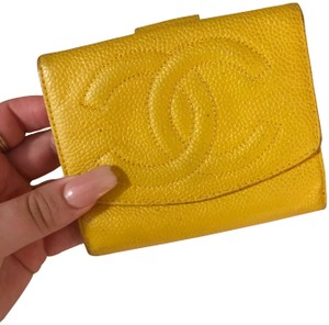 Chanel Yellow Caviar Leather Vintage CC Compact Wallet