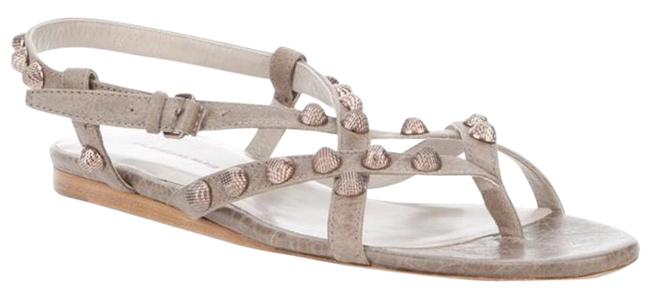 Item - Grey Sandals Size US 7.5 Regular (M, B)