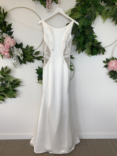 Preload https://img-static.tradesy.com/item/25801336/pronovias-off-white-satin-and-lace-marion-sexy-wedding-dress-size-4-s-0-0-540-540.jpg