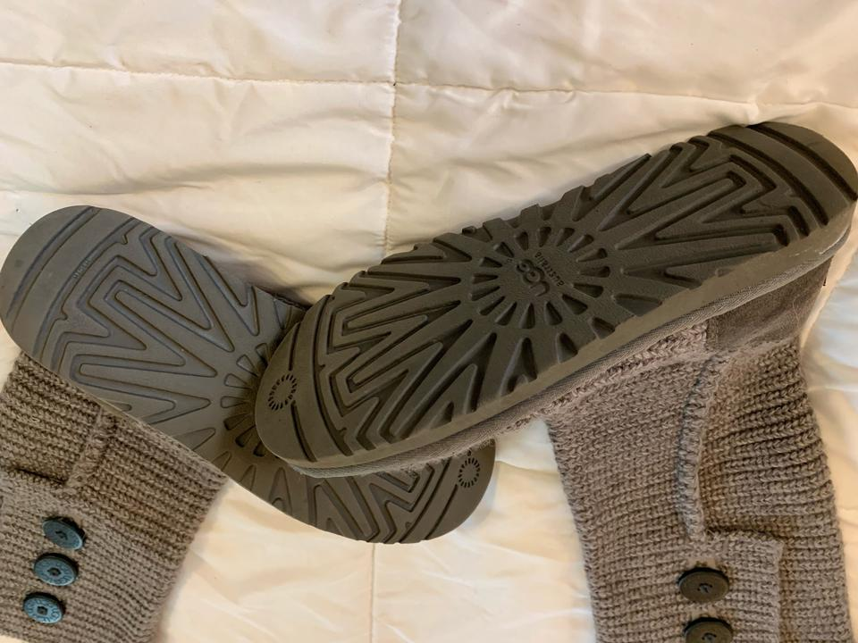 e28573419c3 UGG Australia Grey 5819 Classic Cardy Boots/Booties Size US 8 Regular (M,  B) 50% off retail