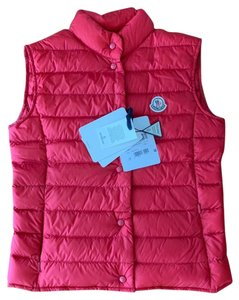 e6846fedaa Moncler on Sale - Up to 70% off at Tradesy