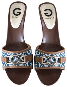 Guess denim blue, white and brown Platforms
