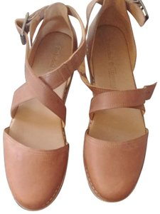 Timberland Tan Leather Wedges