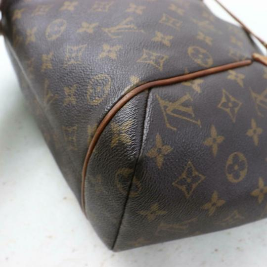 Louis Vuitton Monogram Shoulder Bag Image 8