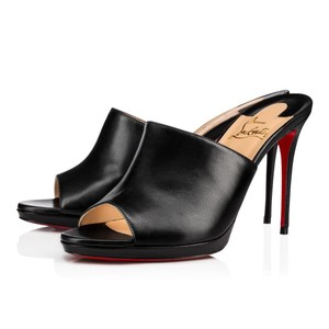 0e559377c8f Black Christian Louboutin Mules & Clogs Up to 90% off at Tradesy