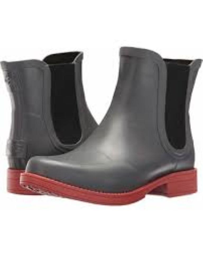 d30ffd46086 UGG Australia Charcoal Aviana Chelsea Boots/Booties Size US 7 Regular (M,  B) 24% off retail