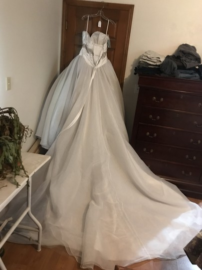 Alfred Angelo White Tulle Snow Disney Collection Formal Wedding Dress Size 8 M 34 Off Retail