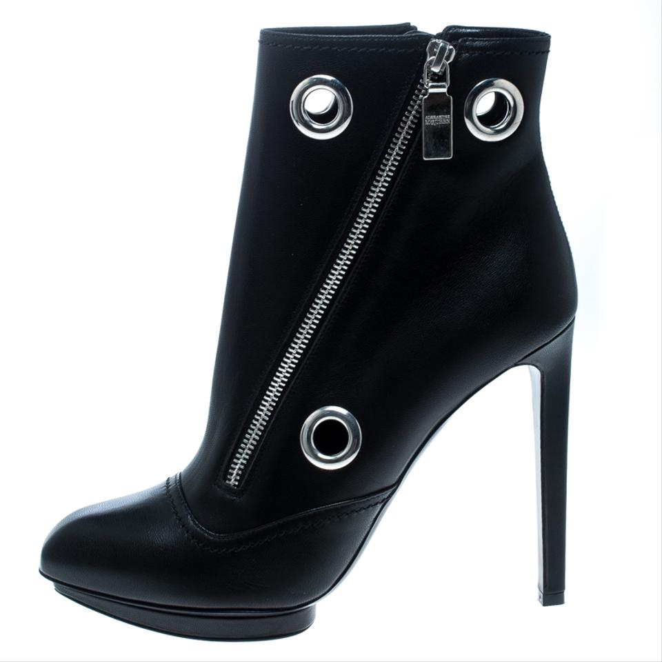 455dfdd9f78 Alexander McQueen Black Leather Eyelet Detail Ankle Boots/Booties Size EU  40 (Approx. US 10) Regular (M, B) 57% off retail