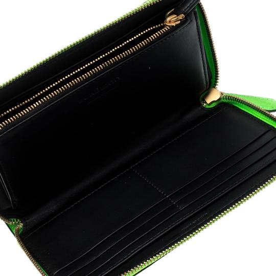 Burberry Bright Green Leather Zip Around Wallet Image 2