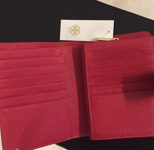 Tory Burch Robinson French Wallet Image 5