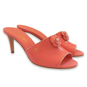 Chanel Patent Leather Sandal Open Toe Pearl Coral Pink Mules