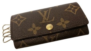 Louis Vuitton Monogram 4 Ring Key Holder Case Multicles Wallet