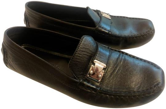 Preload https://img-static.tradesy.com/item/25809022/louis-vuitton-black-w-leather-mocassins-w-iconic-latch-flats-size-eu-375-approx-us-75-regular-m-b-0-1-540-540.jpg