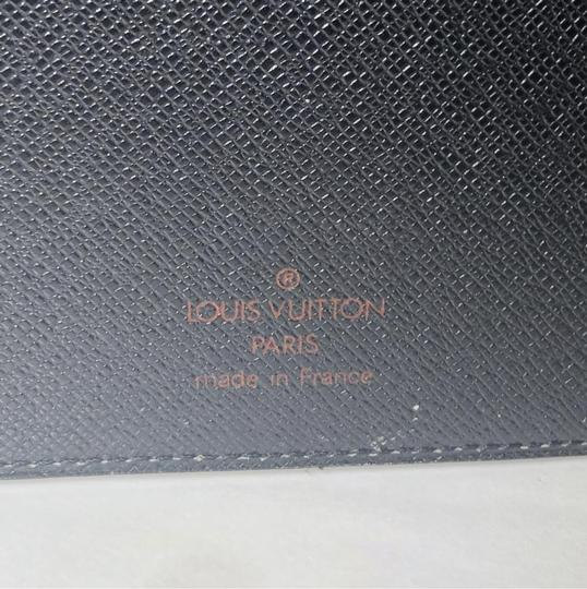 Louis Vuitton Louis Vuitton Epi Agenda MM in Black Image 10