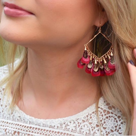 Kendra Scott Kendra Scott Maroon Rose Gold Raven Feather Earrings Image 2