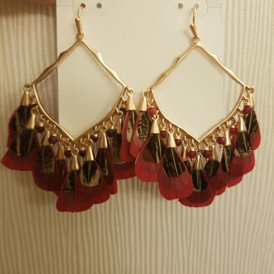 Kendra Scott Kendra Scott Maroon Rose Gold Raven Feather Earrings Image 5