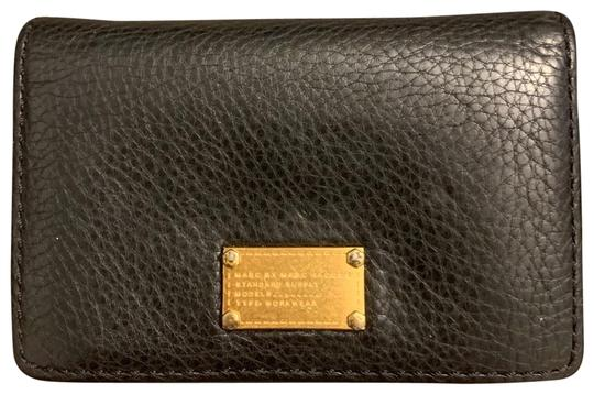 Preload https://img-static.tradesy.com/item/25809383/marc-by-marc-jacobs-black-card-case-wallet-0-2-540-540.jpg