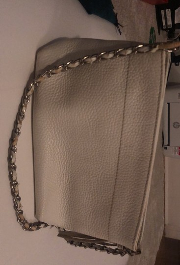 Chanel white Clutch Image 3