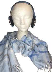 Burberry London NWOT. NOVA CHECK EAR MUFFS