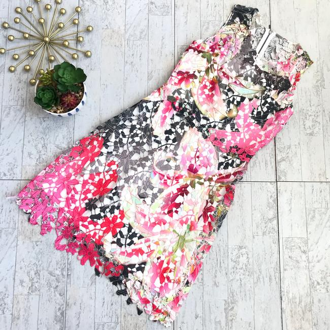 Preload https://img-static.tradesy.com/item/25809524/elie-tahari-pink-black-white-green-watercolor-floral-lace-short-night-out-dress-size-4-s-0-0-650-650.jpg