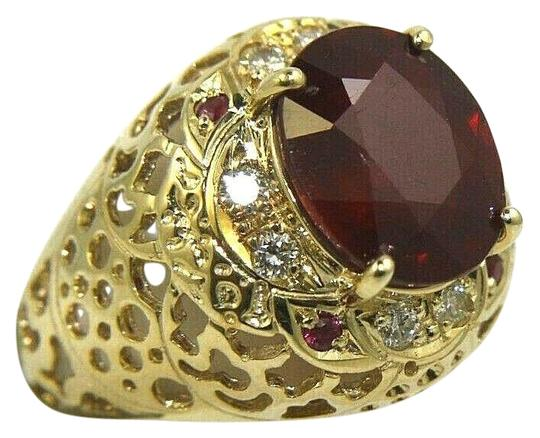 Preload https://img-static.tradesy.com/item/25809582/red-and-gold-oval-ruby-diamond-halo-solitaire-14k-yellow-635ct-ring-0-1-540-540.jpg